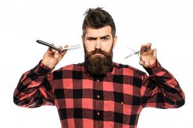 Barbier met mooi onderhouden snor