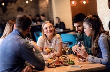 cursisten Wellness Academie Hasselt lunchen in restaurant in Hasselt