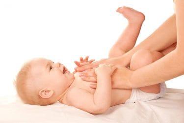 Oefenen tijdens de cursus babymassage online