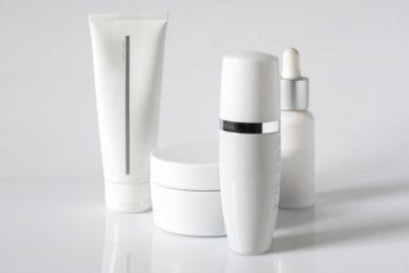 Check de houdbaarheid van cosmetica