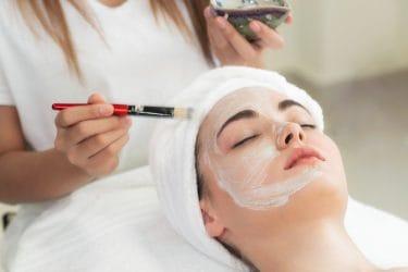 ingredienten in cosmetica voor het behandelen van acne